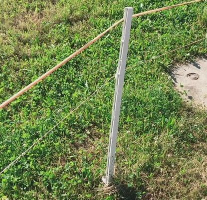 1.6m Plastic Step In Fence Posts For Temporary Fence
